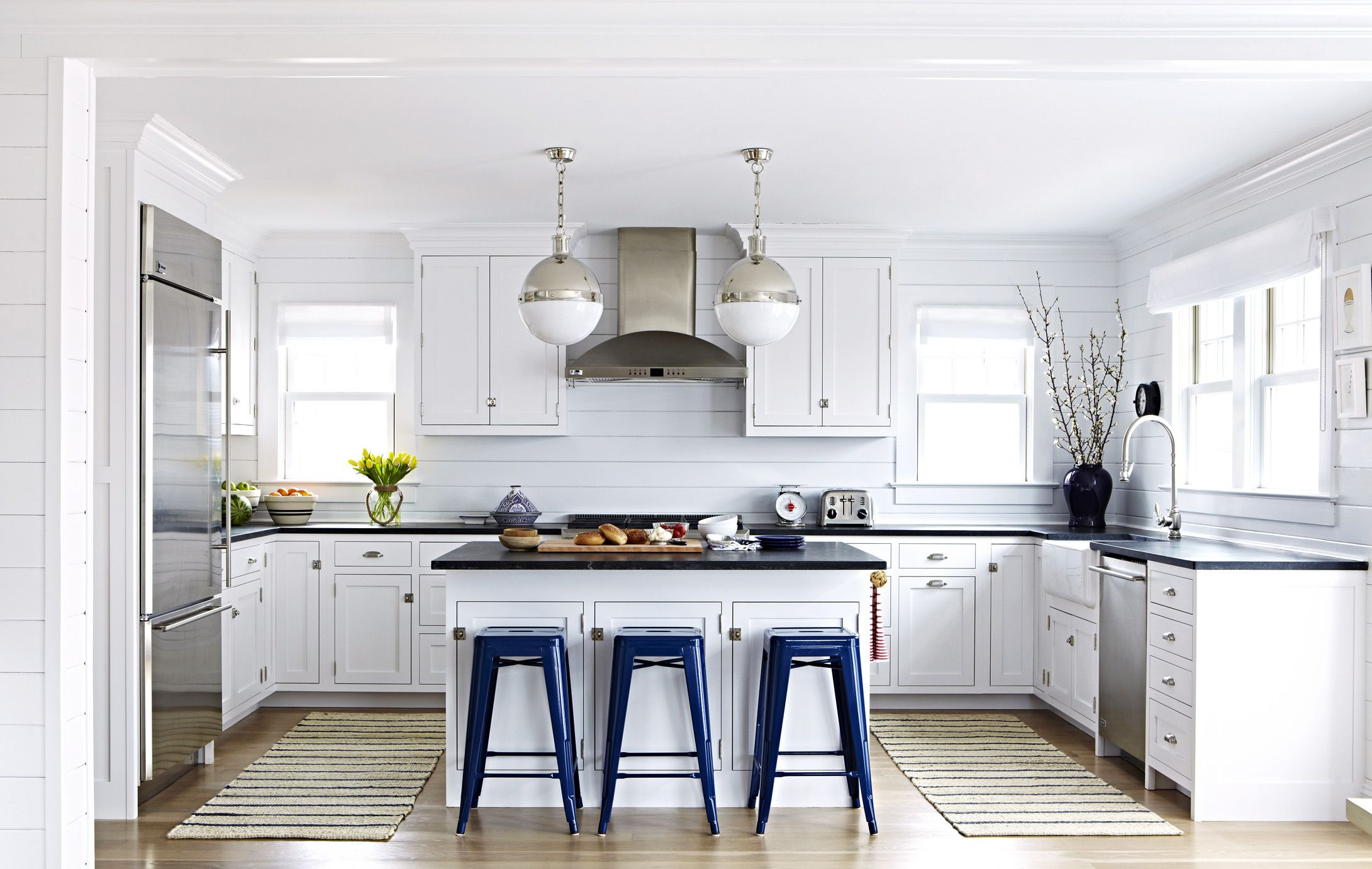 How Can I Decorate My Kitchen?